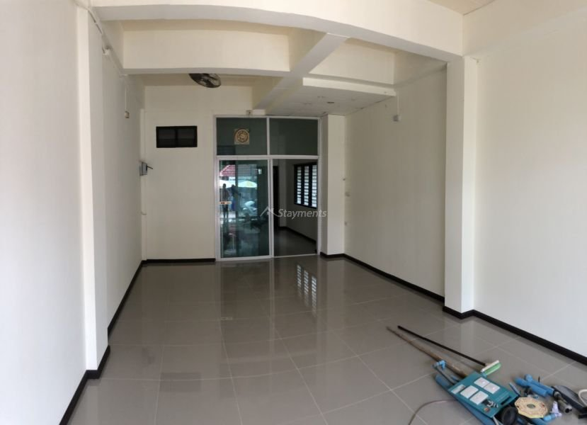 3 storey townhouse for rent in nimman 2
