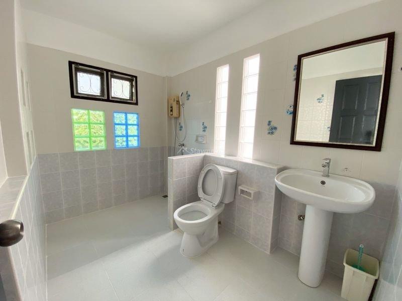 3-bedroom-house-for-sale-in-baan-wangtarn-san-phak-wan-chiang-mai (18)