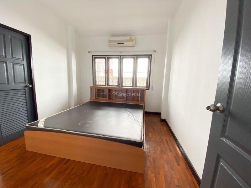 3-bedroom-house-for-sale-in-baan-wangtarn-san-phak-wan-chiang-mai (9)