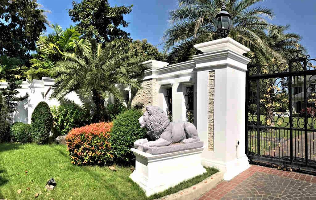 luxury-villa-sale-chiang-mai-2