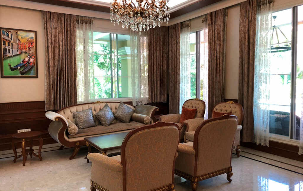 luxury-villa-sale-chiang-mai-26