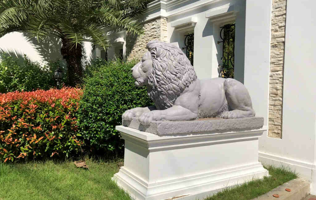 luxury-villa-sale-chiang-mai-3