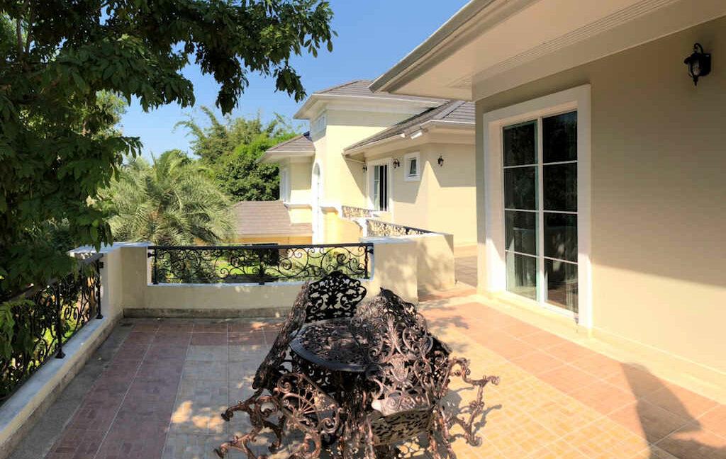 luxury-villa-sale-chiang-mai-39