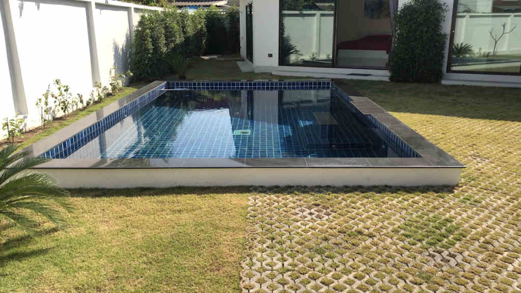 modern-pool-villa-for-rent-in-chiang-mai-9