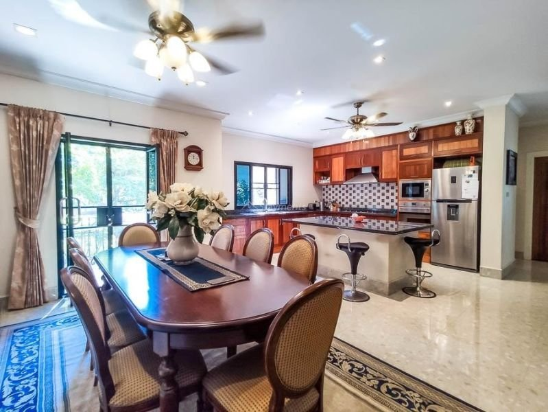 4-bedroom-villa-for-sale-in-san-pa-tong-chiang-mai.-10