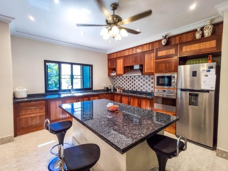 4-bedroom-villa-for-sale-in-san-pa-tong-chiang-mai.-11