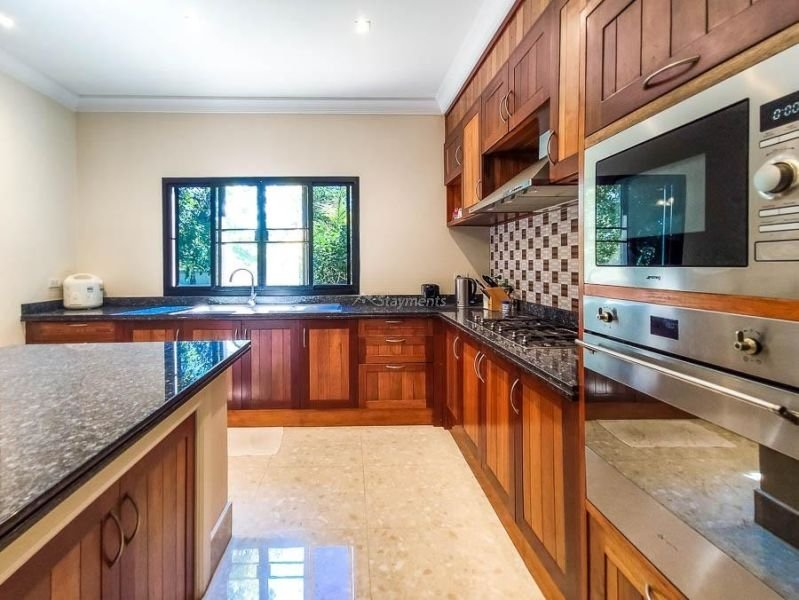 4-bedroom-villa-for-sale-in-san-pa-tong-chiang-mai.-12