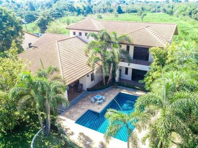 4-bedroom-villa-for-sale-in-san-pa-tong-chiang-mai.-2