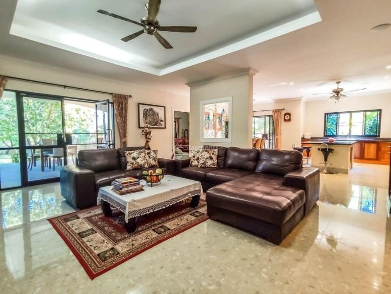 4-bedroom-villa-for-sale-in-san-pa-tong-chiang-mai.-7