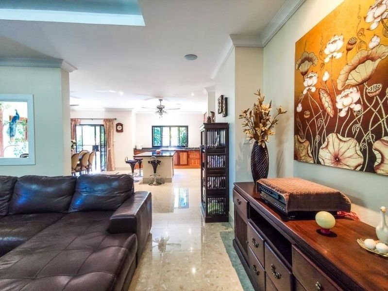 4-bedroom-villa-for-sale-in-san-pa-tong-chiang-mai.-8