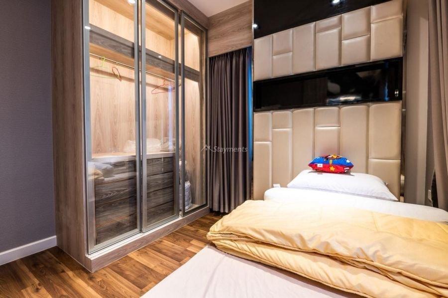 5-bedroom-villa-for-sale-rent-serene-lake-11