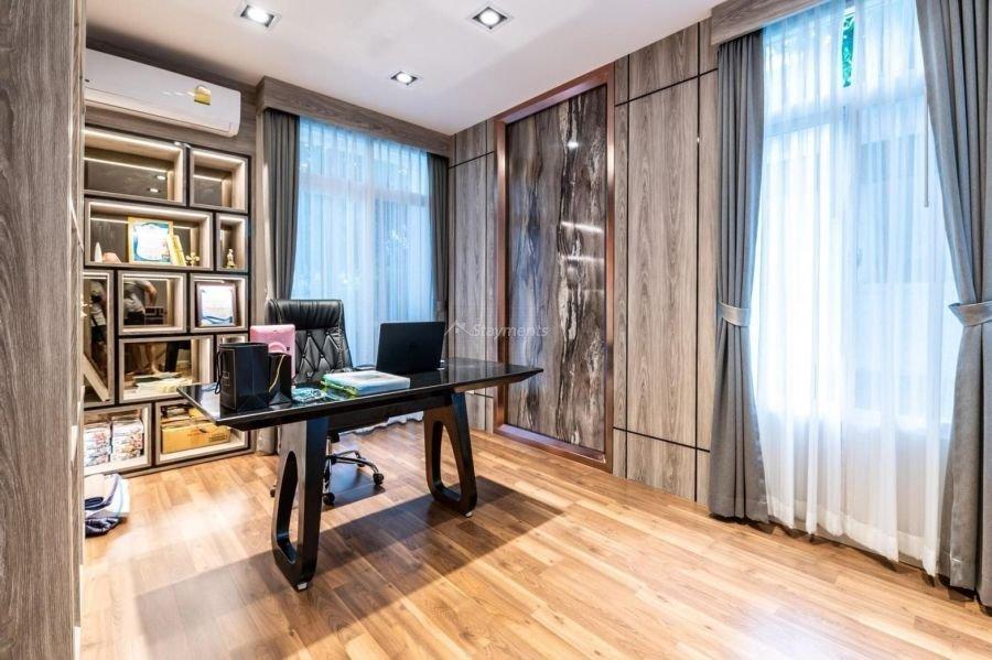 5-bedroom-villa-for-sale-rent-serene-lake-12