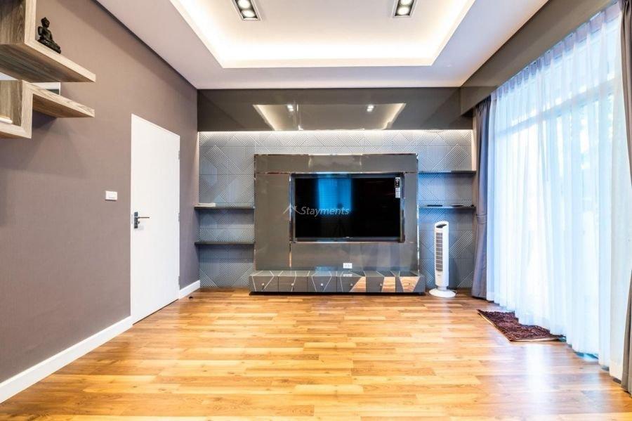 5-bedroom-villa-for-sale-rent-serene-lake-18