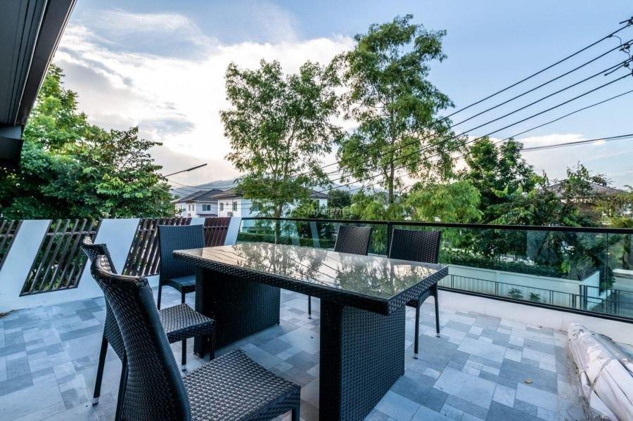 5-bedroom-villa-for-sale-rent-serene-lake-2