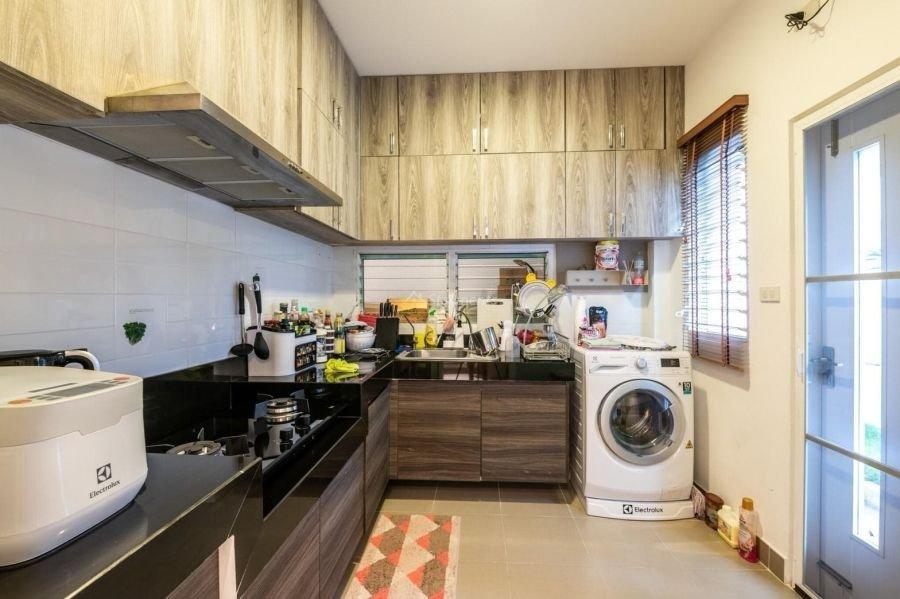 5-bedroom-villa-for-sale-rent-serene-lake-24