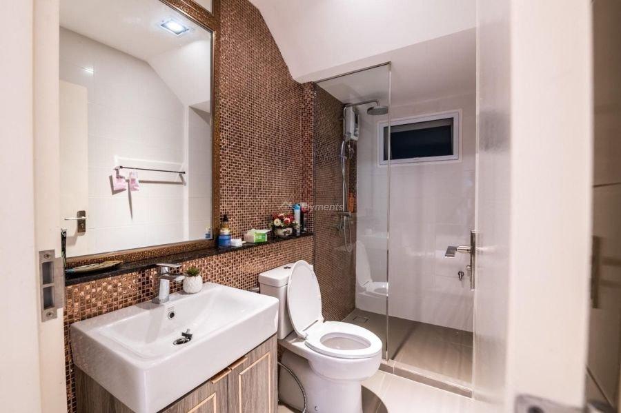 5-bedroom-villa-for-sale-rent-serene-lake-25