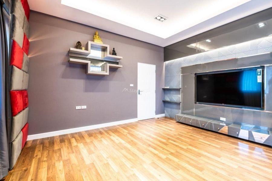 5-bedroom-villa-for-sale-rent-serene-lake-5