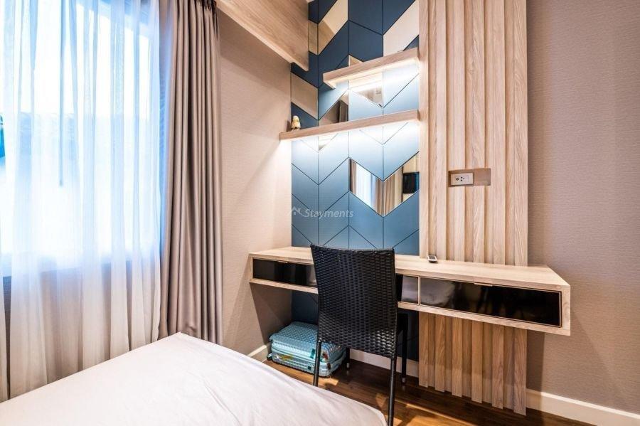 5-bedroom-villa-for-sale-rent-serene-lake-7