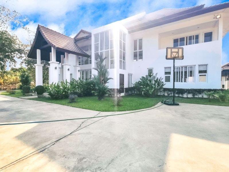 luxury-pool-villa-for-sale-in-mae-rim-chiang-mai-9