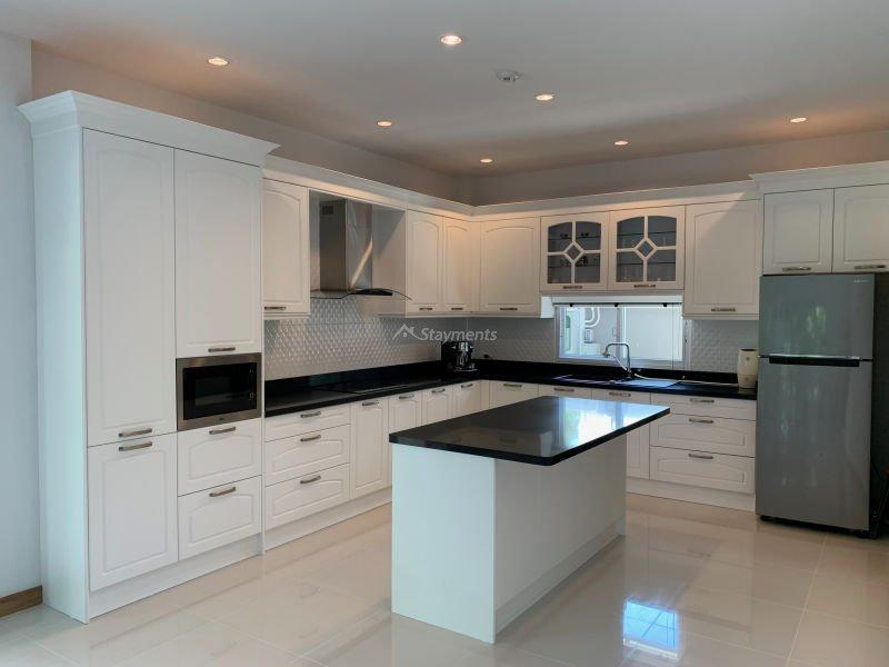 4-bedroom-pool-house-for-sale-chiang-mai-sansaran-10