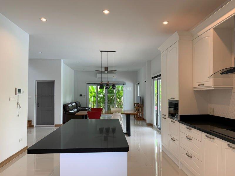 4-bedroom-pool-house-for-sale-chiang-mai-sansaran-11