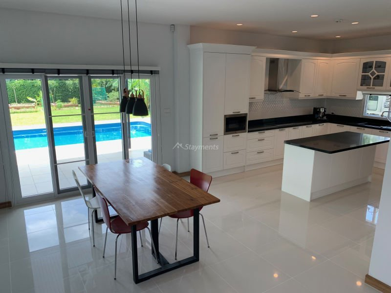 4-bedroom-pool-house-for-sale-chiang-mai-sansaran-7
