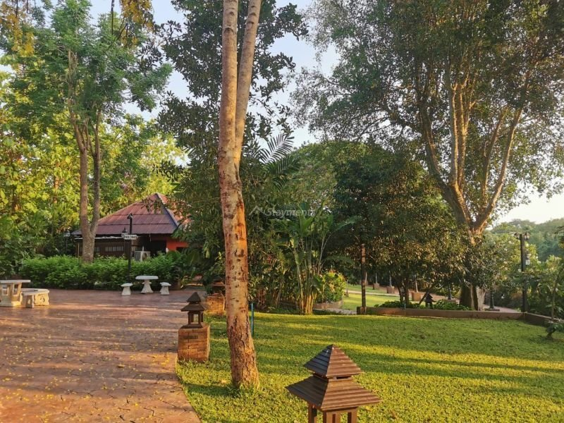 17-bedroom-hotel-resort-for-sale-or-rent-in-khua-mung-chiang-mai (4)