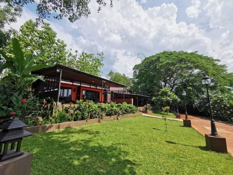 17-bedroom-hotel-resort-for-sale-or-rent-in-khua-mung-chiang-mai (5)