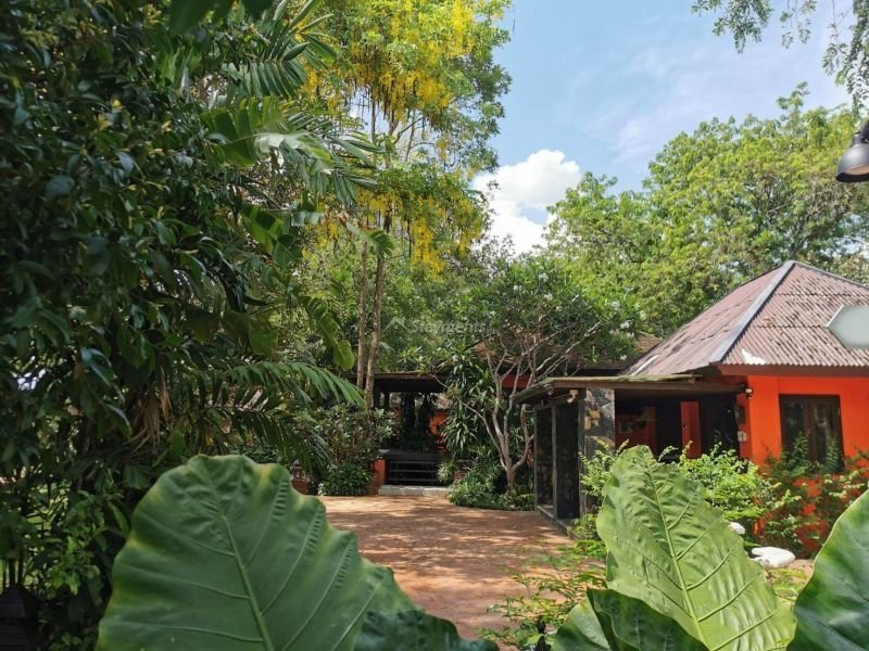 17-bedroom-hotel-resort-for-sale-or-rent-in-khua-mung-chiang-mai (6)