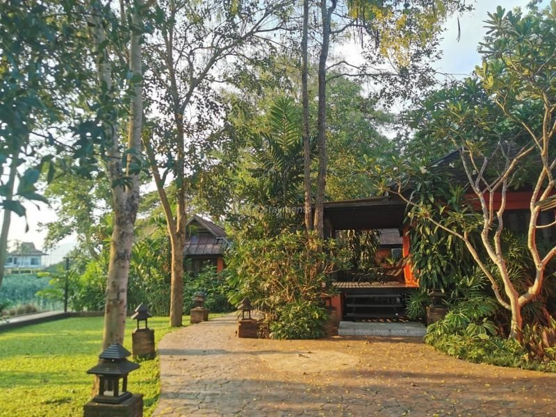 17-bedroom-hotel-resort-for-sale-or-rent-in-khua-mung-chiang-mai (9)
