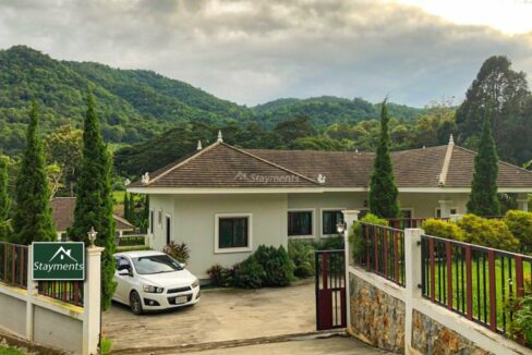 New 3 Bedroom Mountain View house for sale.