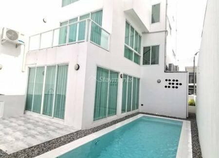 Brand new 3 storey townhome with private pool for rent