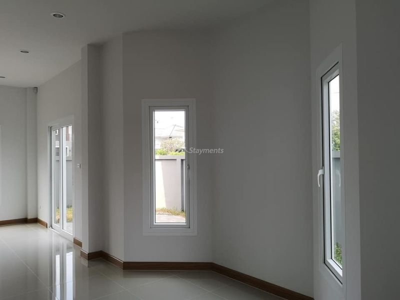 4-bedroom-house-for-sale-in-ban-waen-chiang-mai (14)