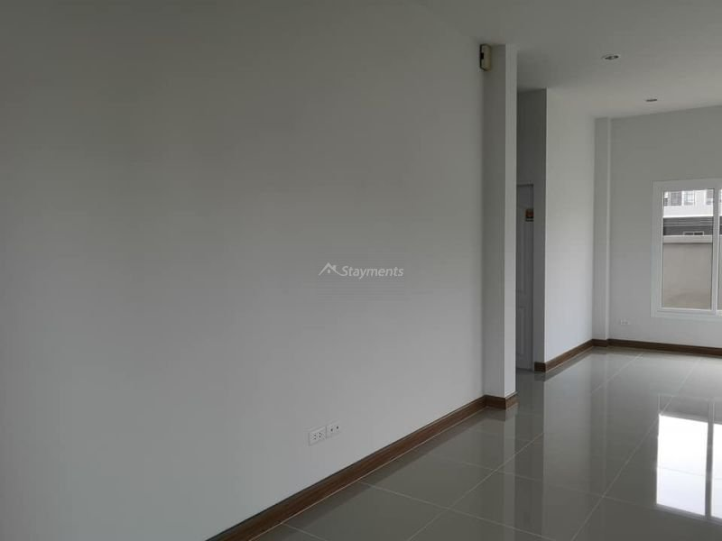 4-bedroom-house-for-sale-in-ban-waen-chiang-mai (15)