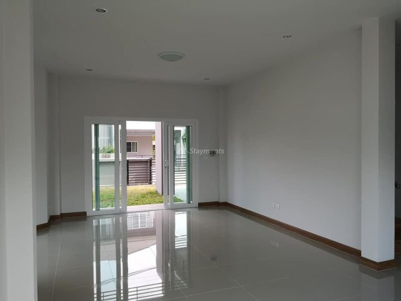 4-bedroom-house-for-sale-in-ban-waen-chiang-mai (17)
