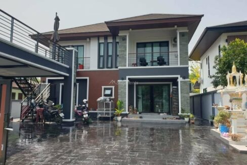 5 Bedroom Newly Built House For Sale Next To Meechok